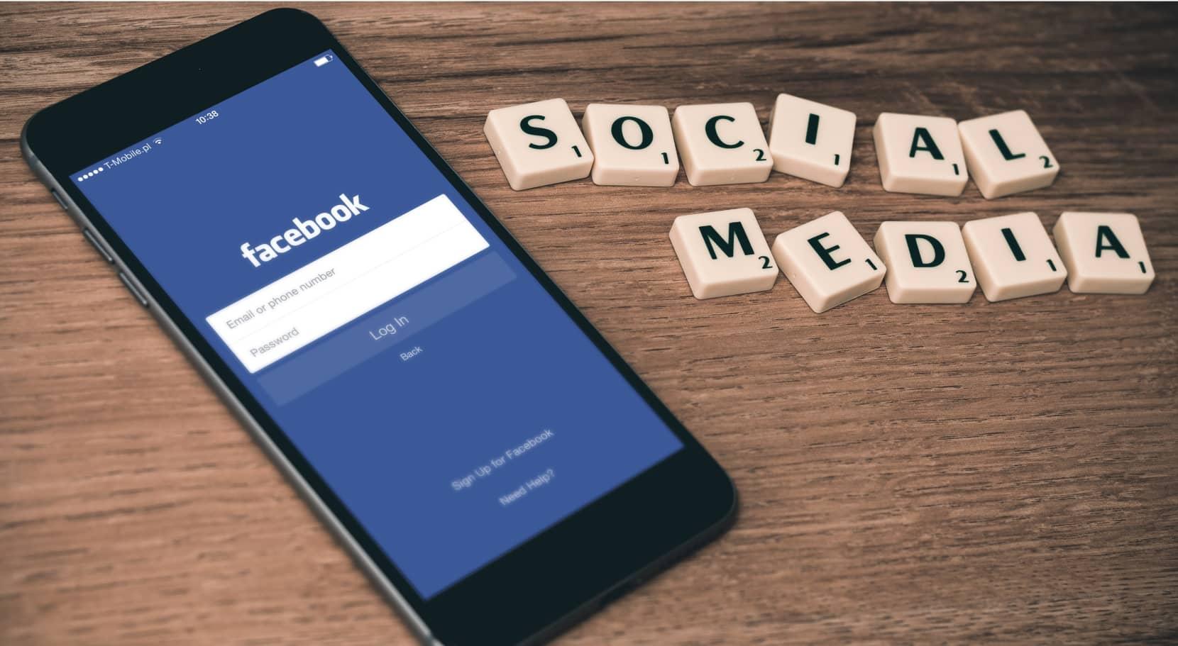 Social media et Facebook