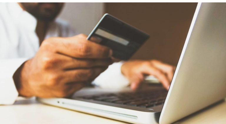 Comprendre les phases du processus d'achat : L'entonnoir de conversion